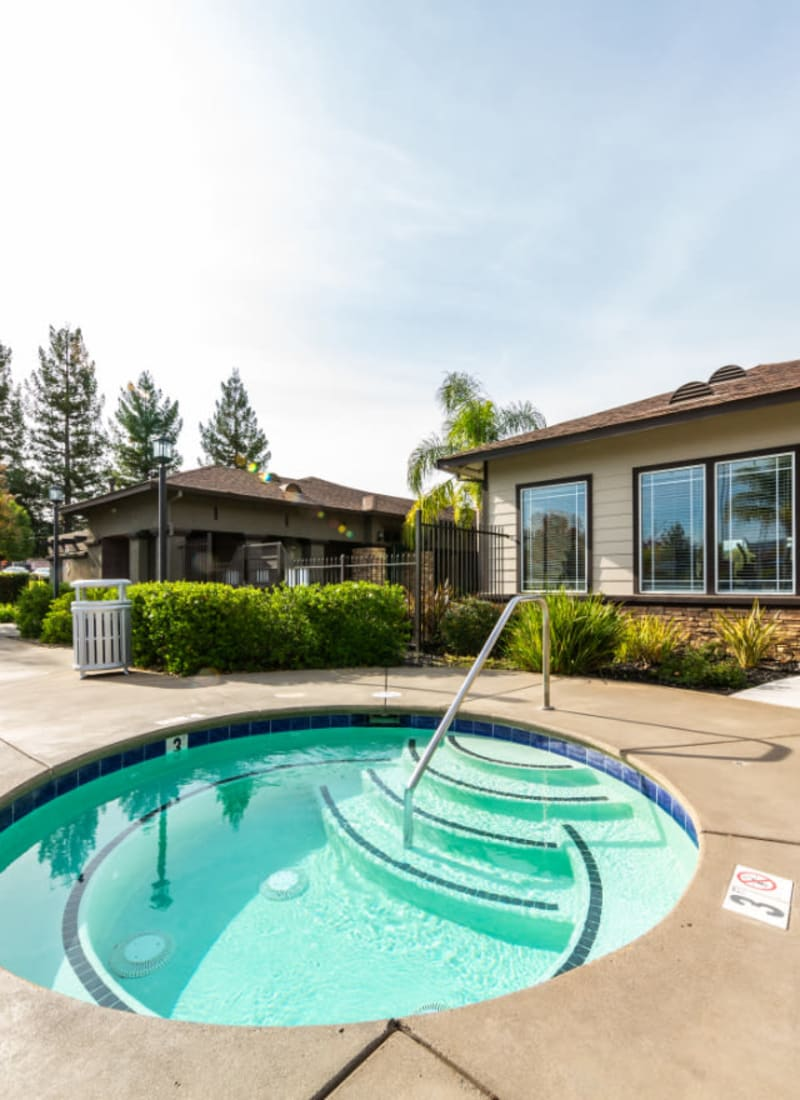 View our amenities at The Fairmont at Willow Creek in Folsom, California