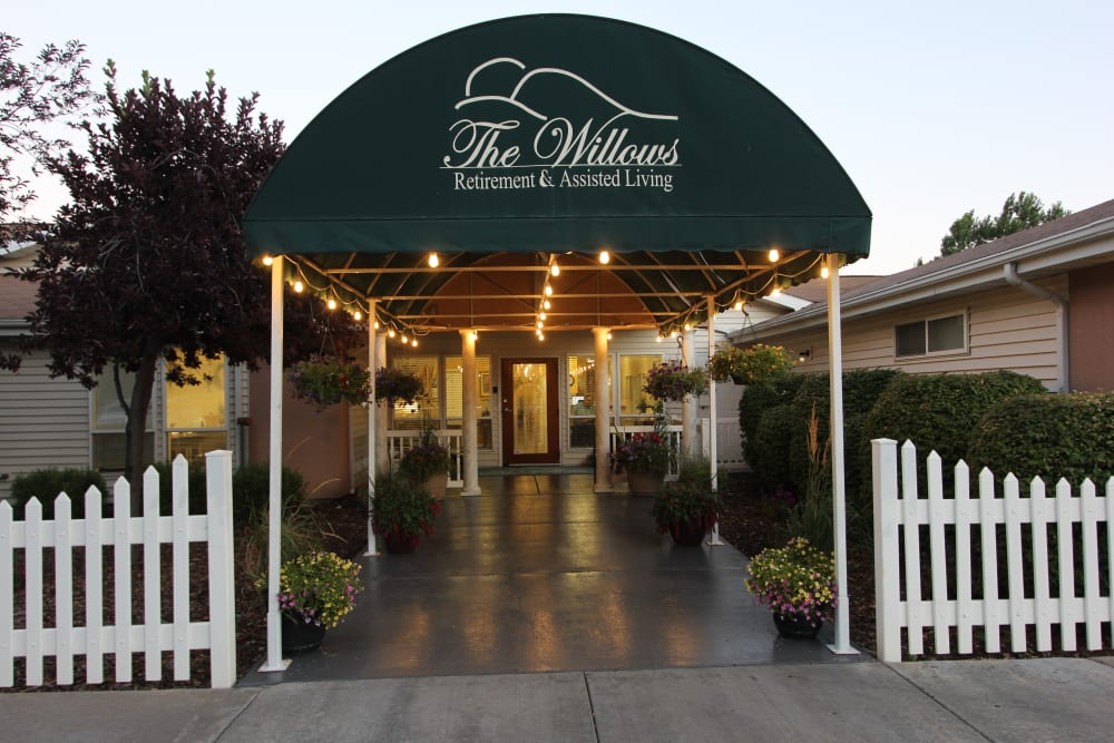 Covered walkway leading to entrance at The Willows Retirement & Assisted Living in Blackfoot, Idaho