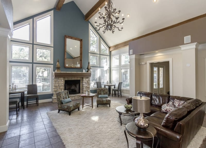 Resident lounge at The Aidan in Lewisville, Texas