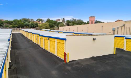 Huebner Mini-Stor features Exterior Storage Units in San Antonio, Texas