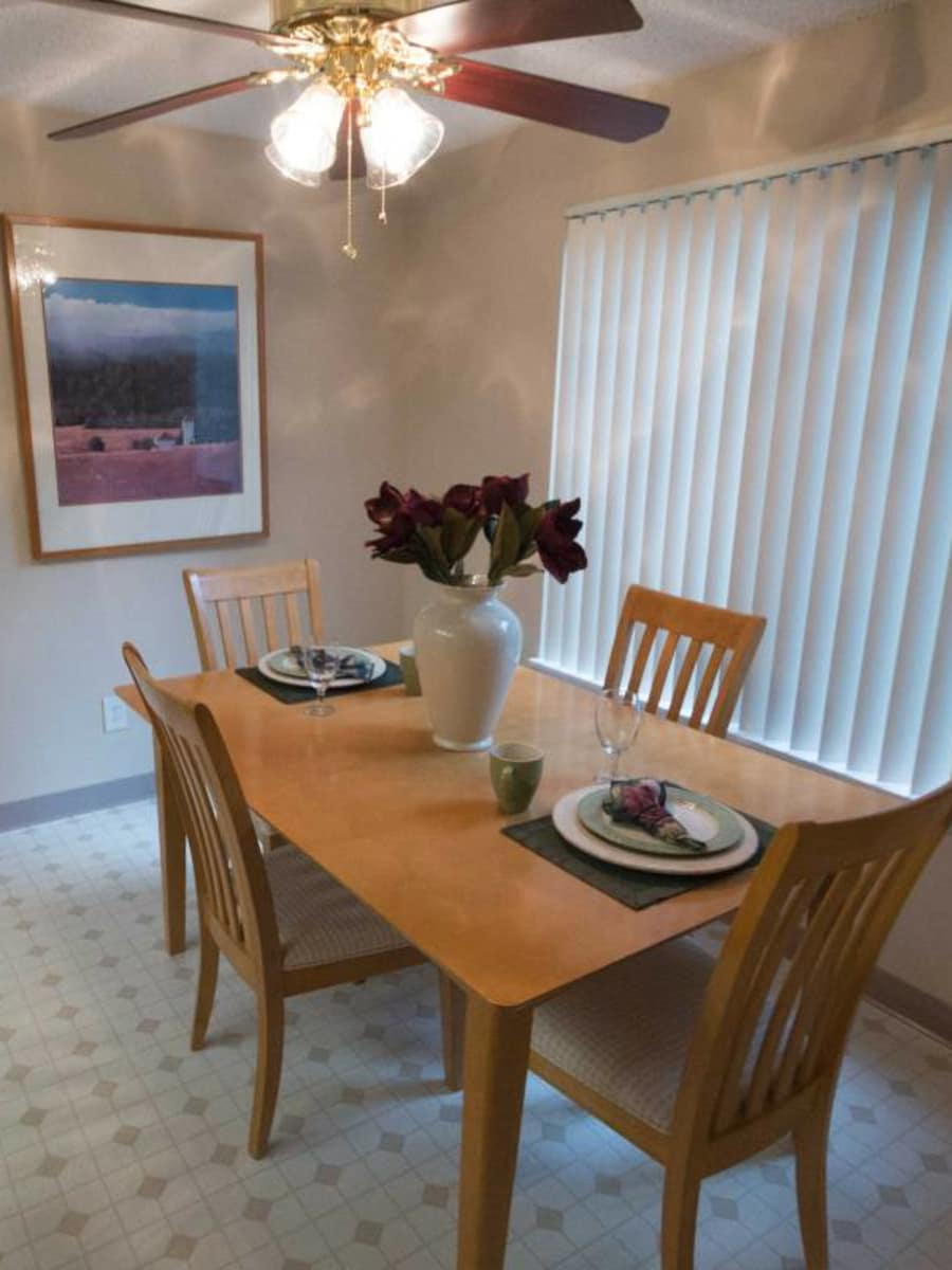 Cascade Park offers a dining room in Vancouver, Washington