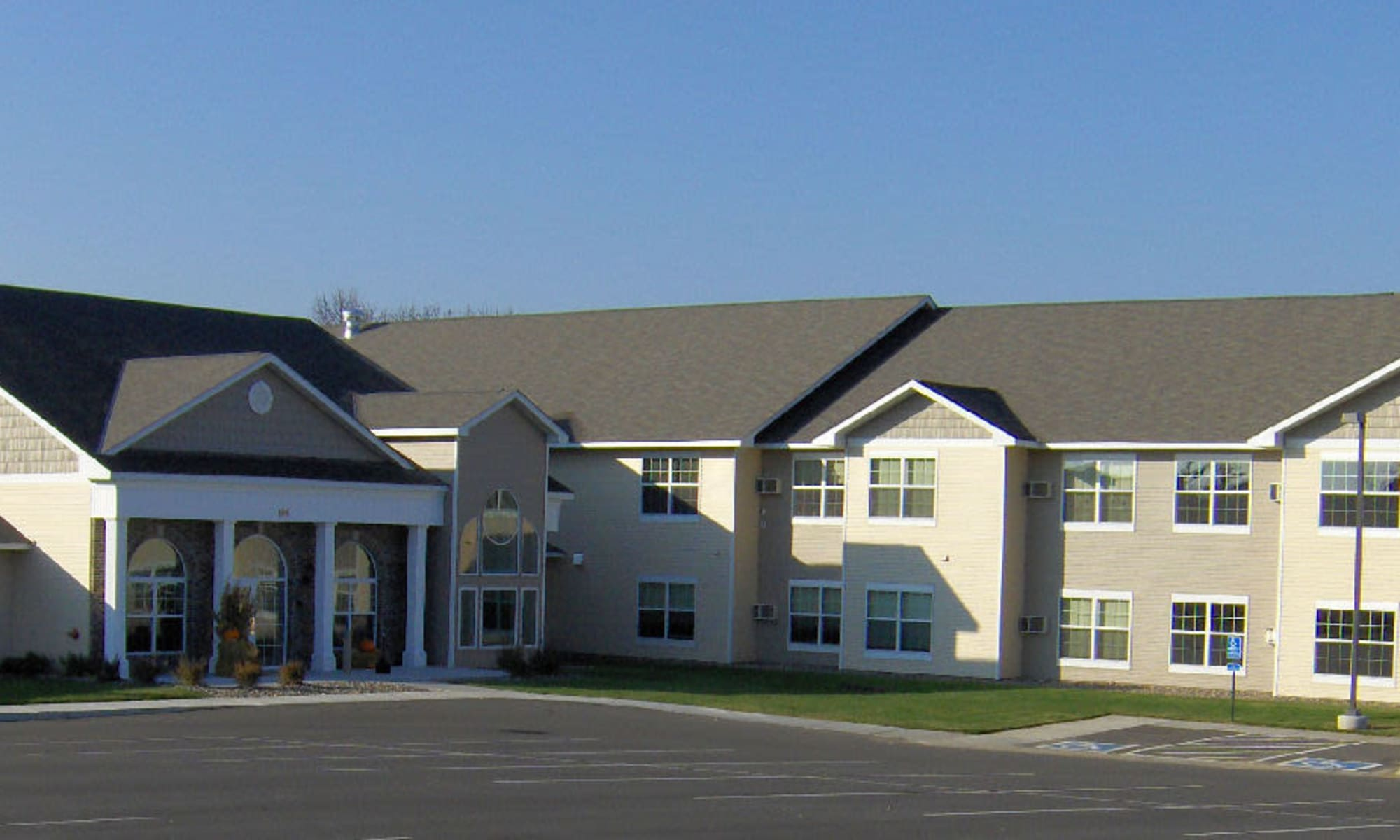 Senior living at Traditions of Owatonna in Owatonna, Minnesota.