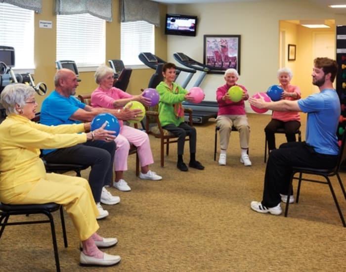 Resident services at senior living community in Shawnee, KS