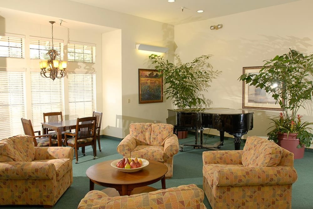 Cozy common area to relax in at Hilltop Commons Senior Living in Grass Valley, California