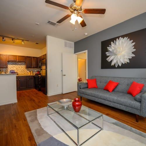 View virtual tour of a 2 bedroom 2 bathroom apartment at Verandas at Shavano in San Antonio, Texas