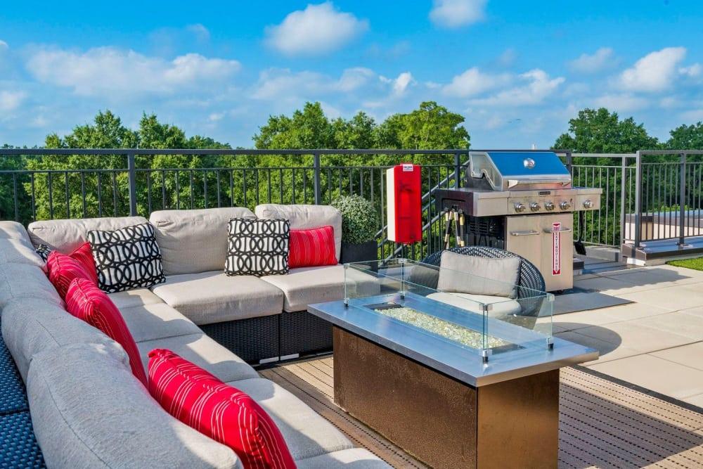 outdoor-grill-area-401-oberlin