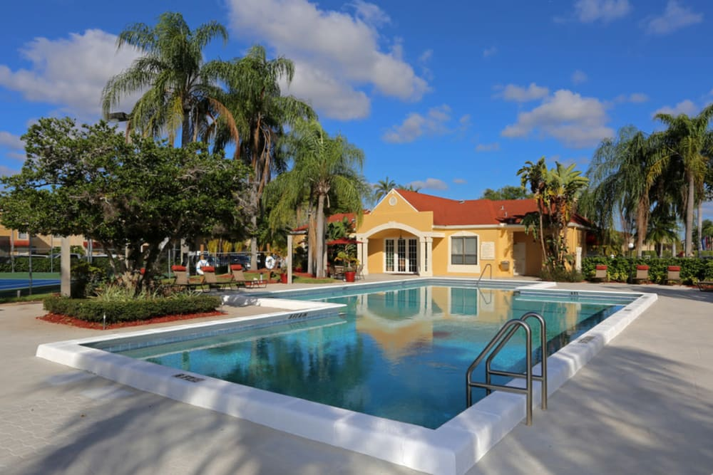 Sparkling pool at Savannah Place Apartments & Townhomes in Boca Raton, Florida