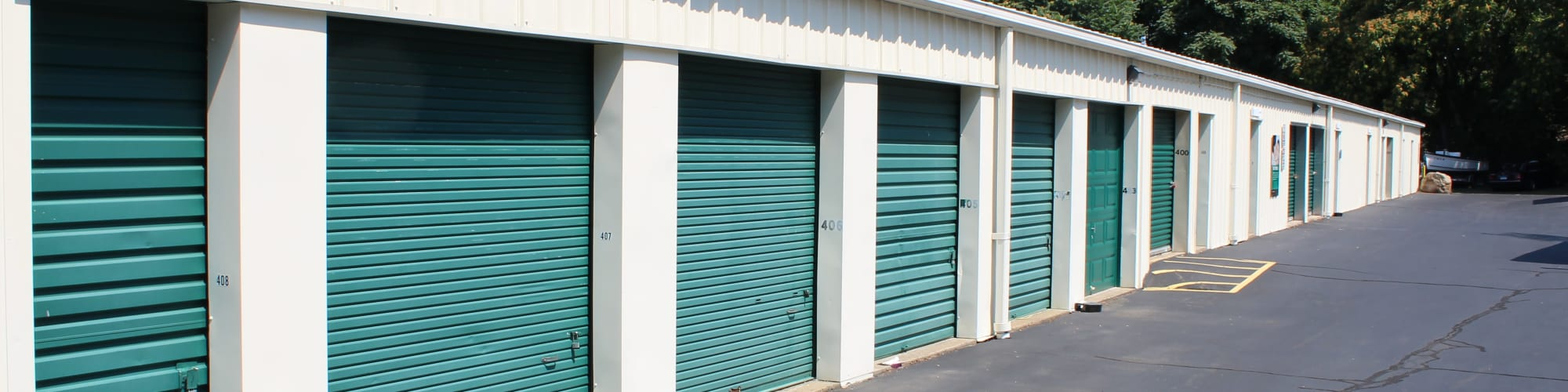 Features at Global Self Storage in Clinton, Connecticut