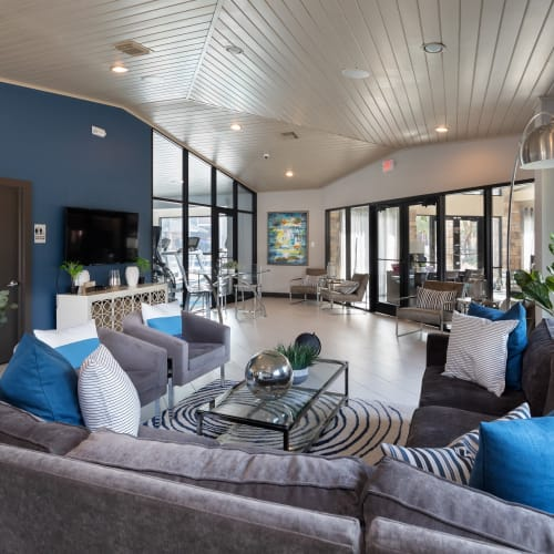 View virtual tour of the clubhouse at Hayden at Enclave in Houston, Texas
