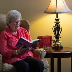 Assisted living at Omaha Communities in Omaha, Nebraska