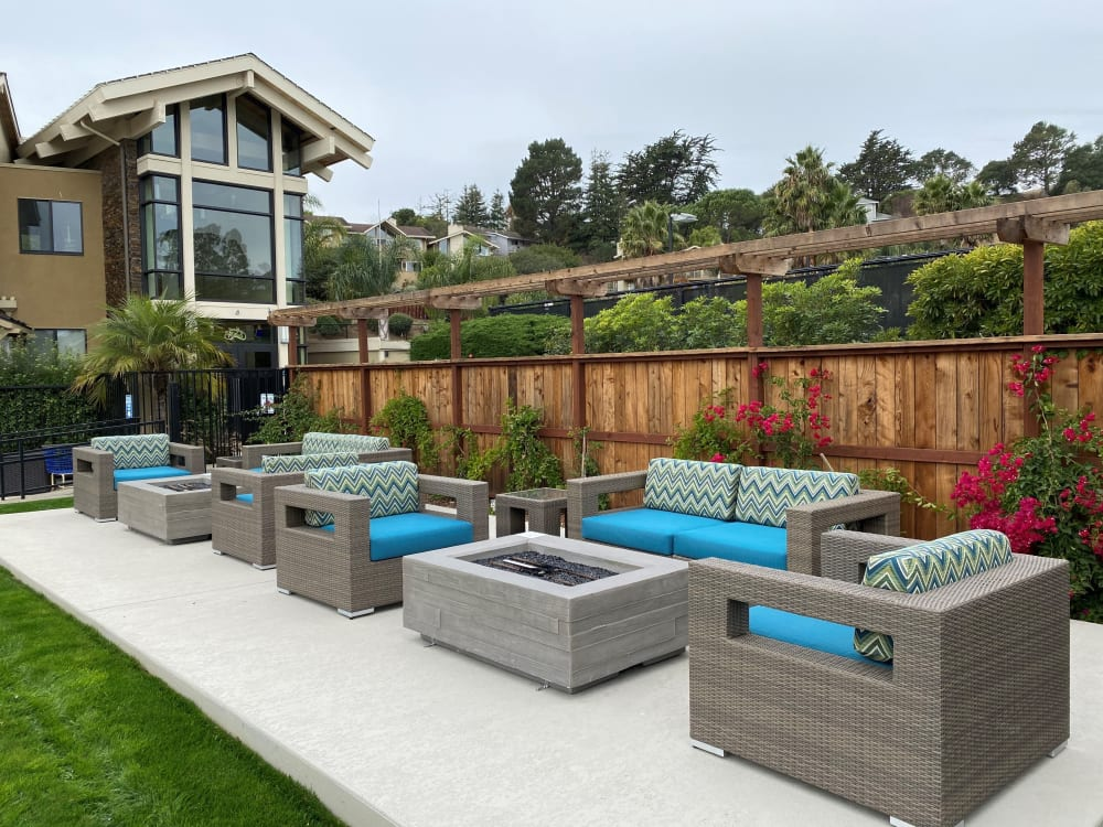 Poolside seating at Harbor Point Apartments in Mill Valley, California