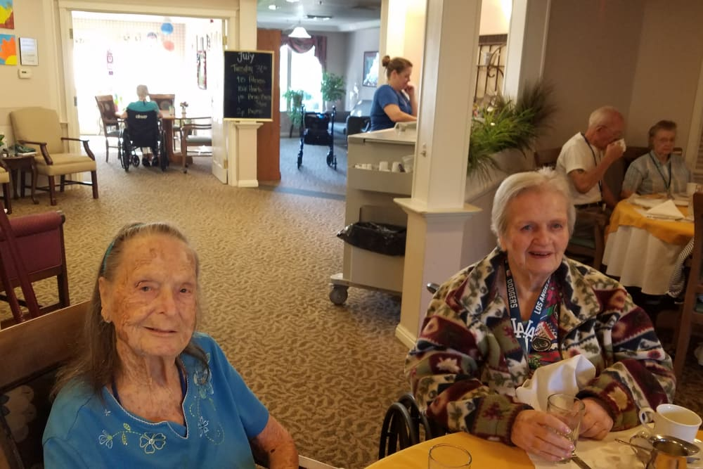 Dining area at Sundial Assisted Living in Redding, California
