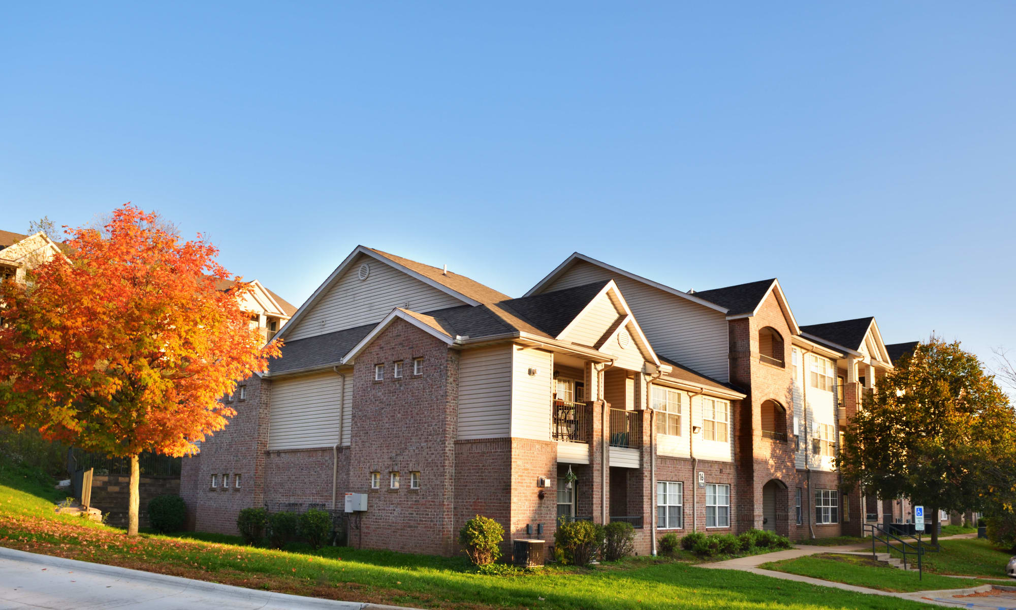 Home at Cascade Falls Apartments in Akron, Ohio
