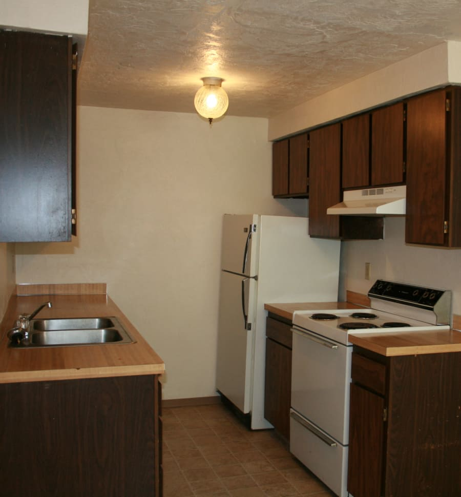 The Royals offers a fully equipped kitchen in Springfield, Oregon