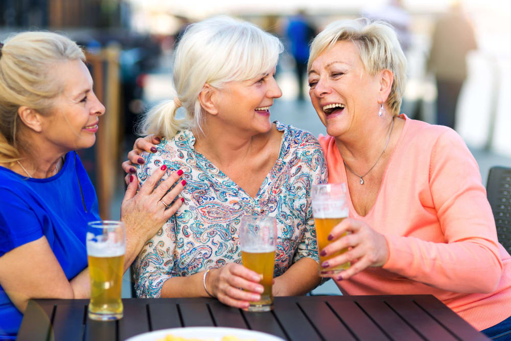 Residents enjoying happy hour 7 days a week at Jubilation in Fredericksburg, Virginia.