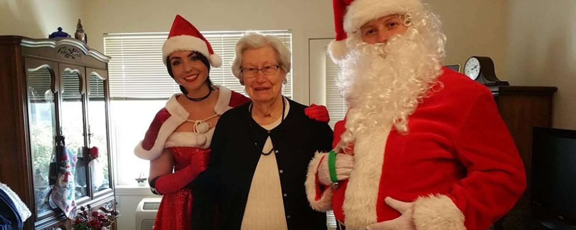 Senior with Santa The Commons on Thornton in Stockton, California