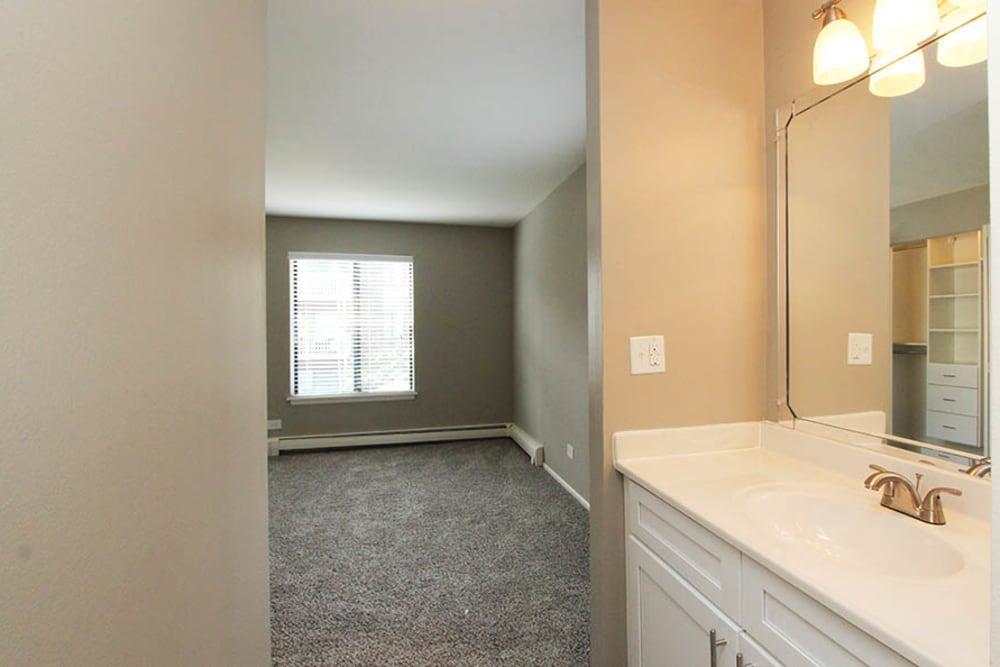 Master Bathroom at Lakeside Apartments