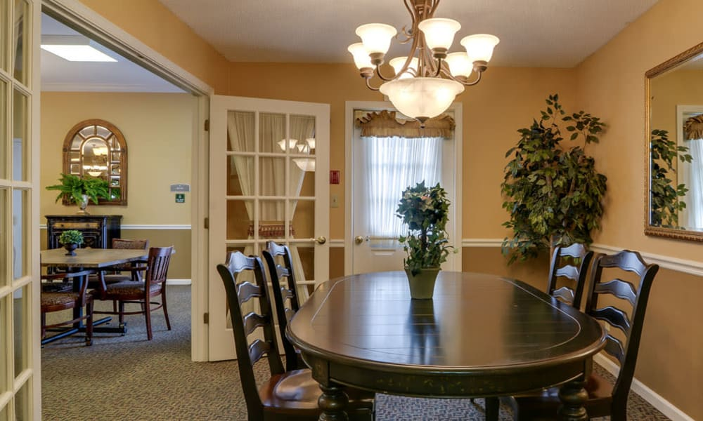 Private dinning room at The Arbors at WestRidge Place in Sikeston, Missouri