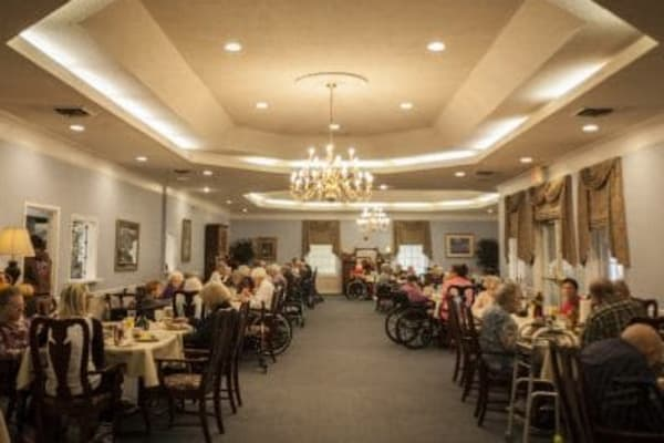 large dining room at The Stilley House Senior Living in Benton, Kentucky