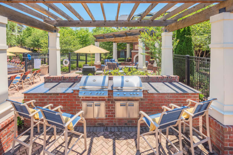 Poolside BBQ with lots of seating to cook for al your friends at The Vive in Kannapolis, North Carolina