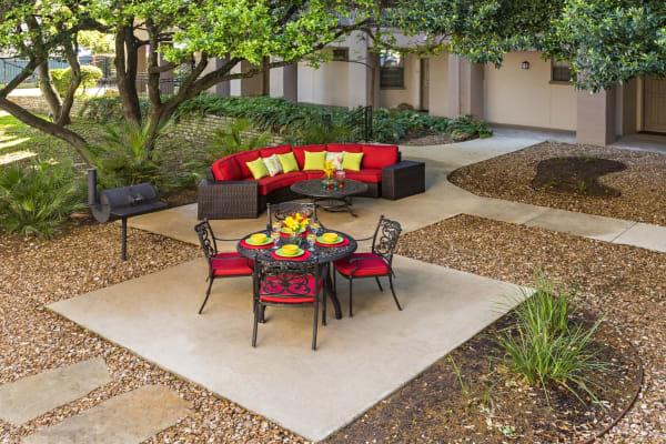outdoor seating area at The Vintage in San Antonio, Texas