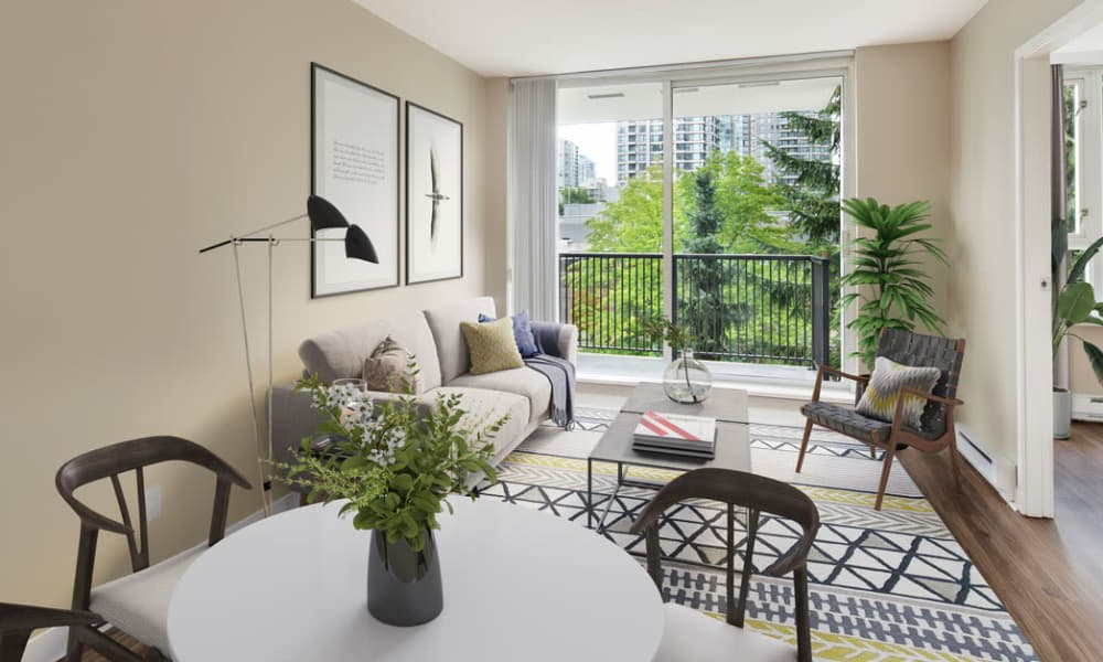 Enjoy apartments with a dining room at Yaletown 939