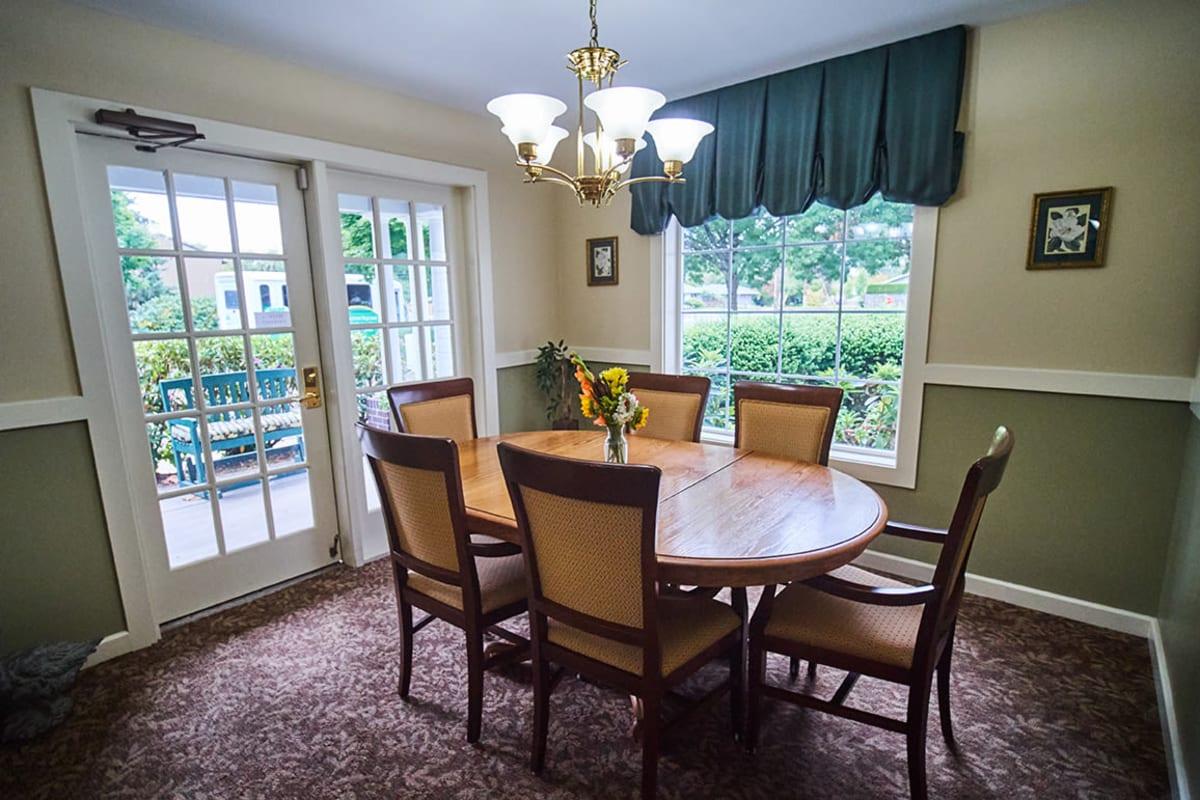 Beautiful private dining area at Farmington Square Eugene in Eugene, Oregon