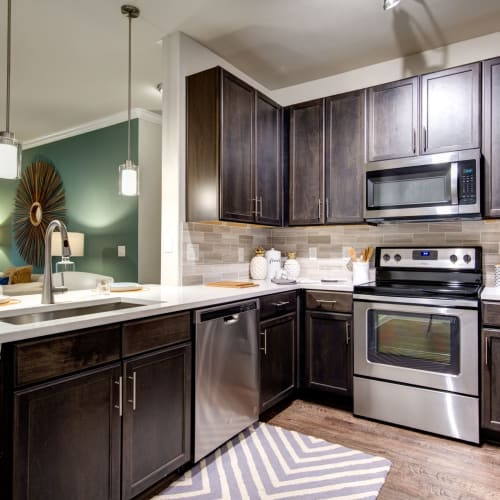 30-Day No-Fault Guarantee at Marquis at The Woodlands in Spring, Texas