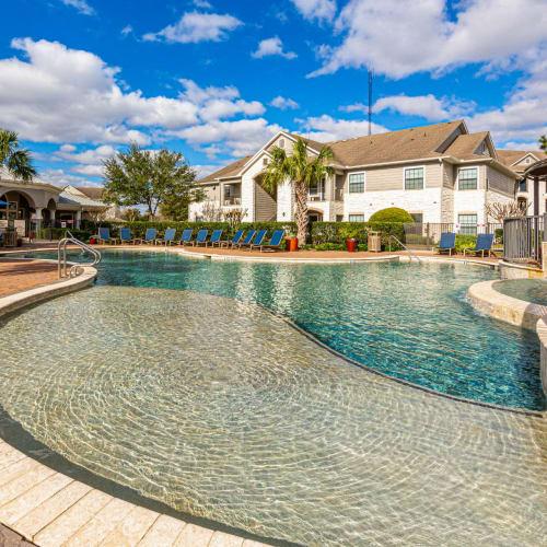 Resident referral bonus at Marquis Grand Lakes in Richmond, Texas