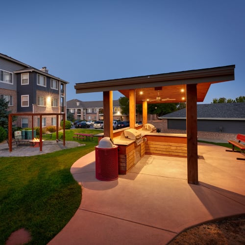 The barbecue station at Hawthorne Hill Apartments in Thornton, Colorado