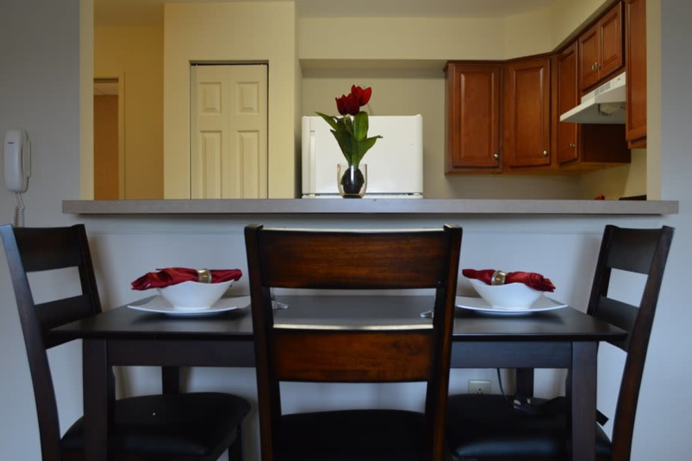 Beautiful Dining room at Greenwood Cove Apartments home in Rochester, NY
