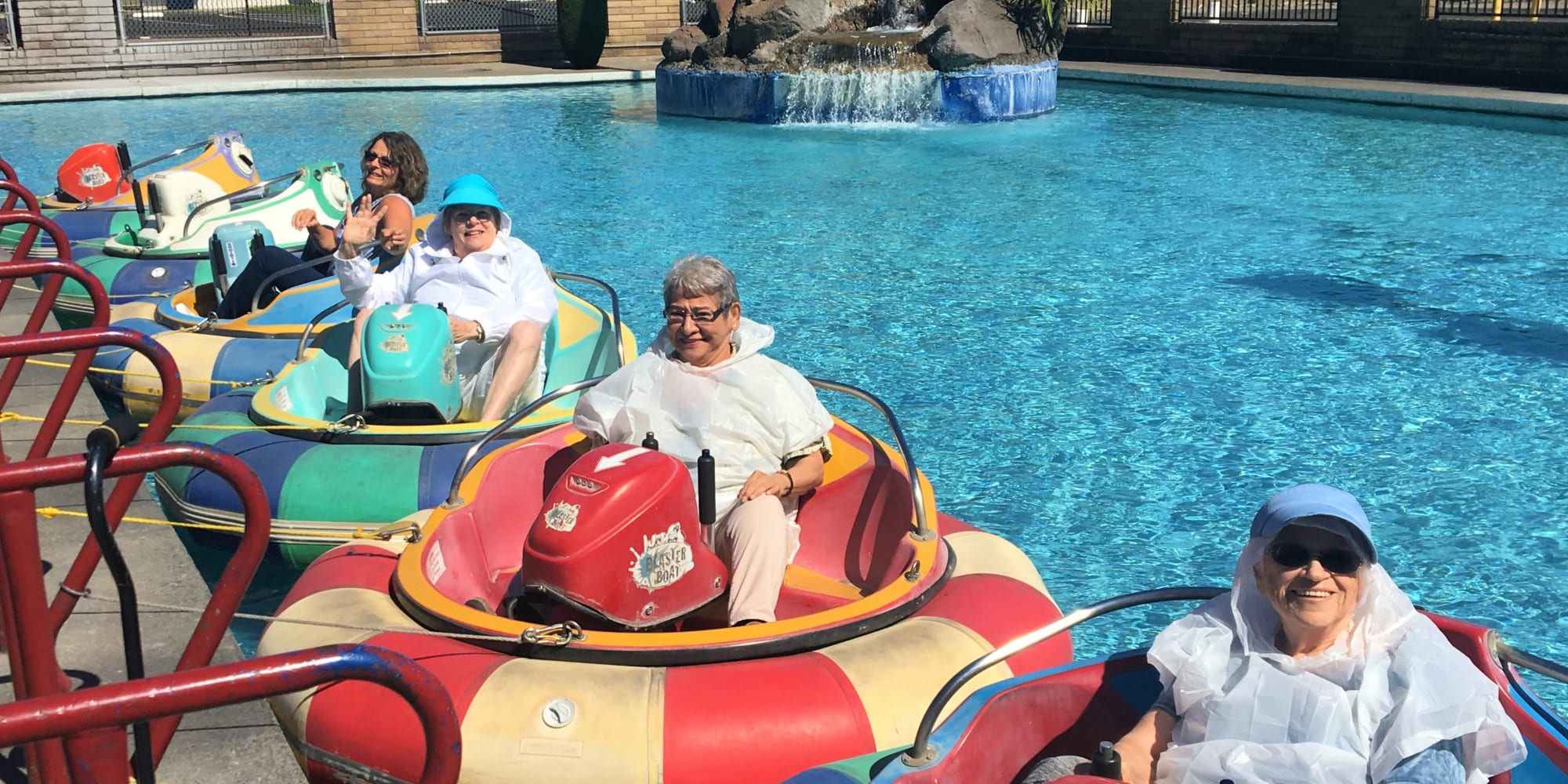 Residents from Colonial Gardens Gracious Retirement Living in Beverly, Massachusetts