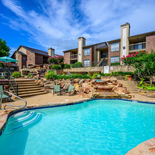 View virtual tour of our swimming pool area at Laurel Heights at Cityview in Fort Worth, Texas