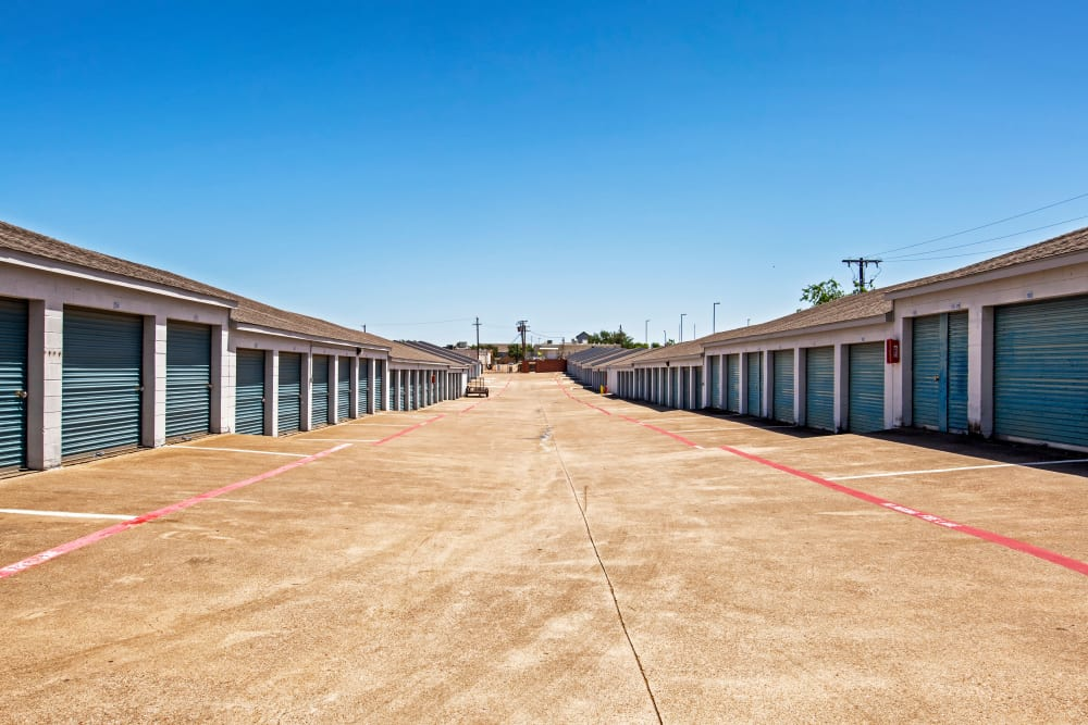 Outdoor units at Metro Self Storage in Euless, Texas