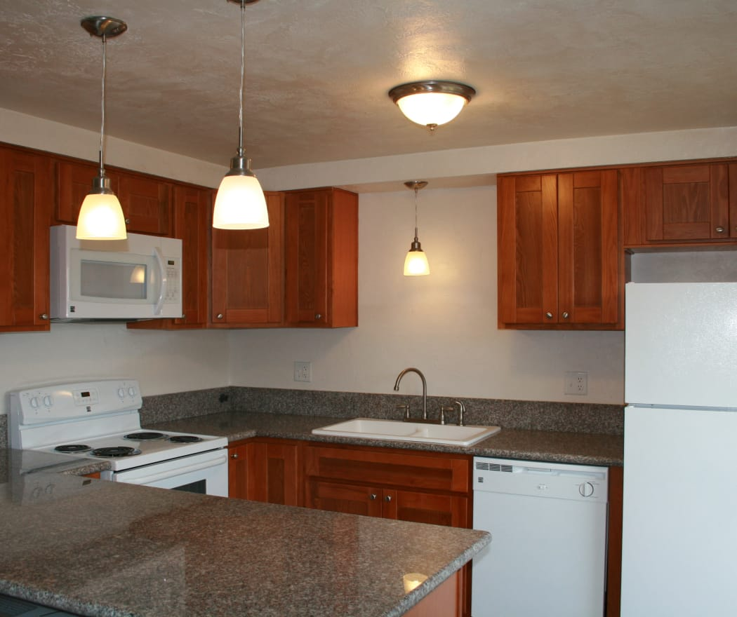 Village Park offers a fully equipped kitchen in Springfield, Oregon