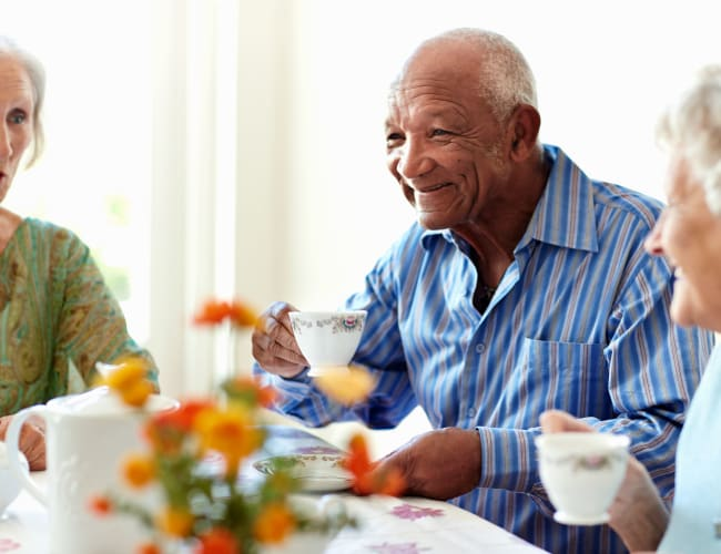 Memory care at Arbor Glen Senior Living in Lake Elmo, Minnesota