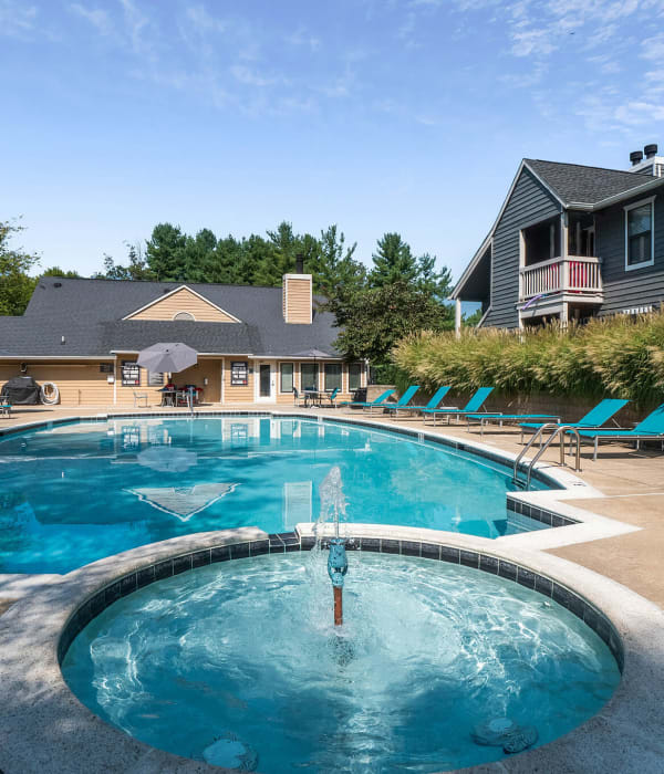 Pool and spa at Eagle Rock Apartments at Columbia's swimming pool in Columbia, Maryland