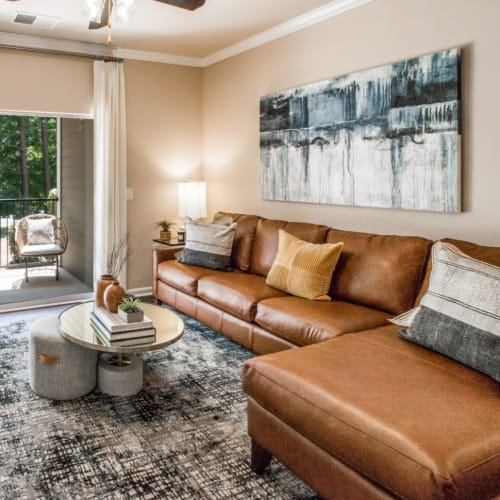 Flexible Lease Terms at Marquis at Carmel Commons in Charlotte, North Carolina