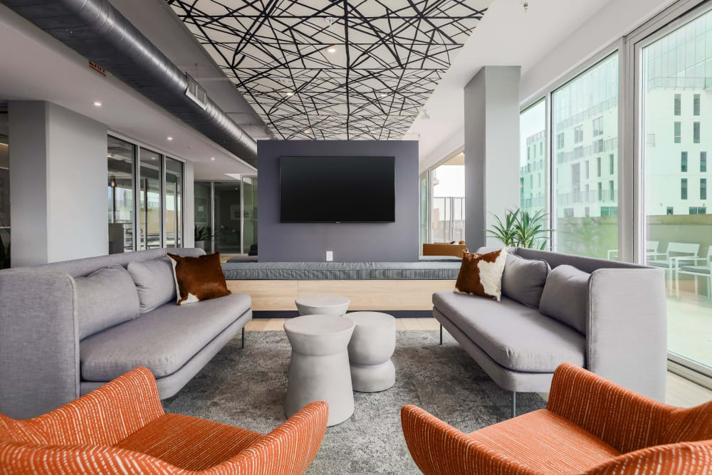 Lounge for residents at 21 Rio in Austin, Texas