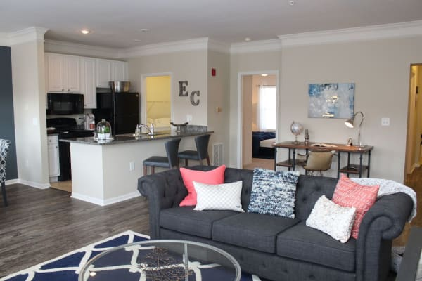 Living room and kitchen at Easton Commons Apartments & Townhomes in Columbus, Ohio
