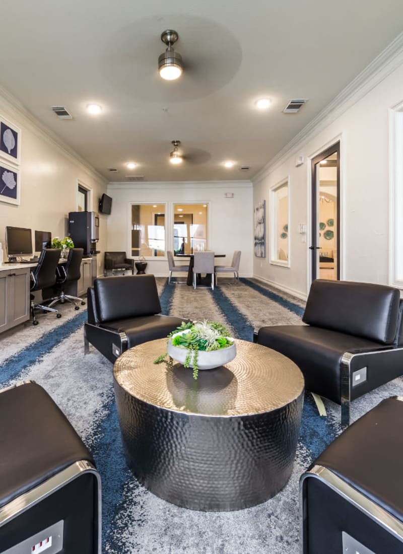 View our amenities at Marquis at The Cascades in Tyler, Texas