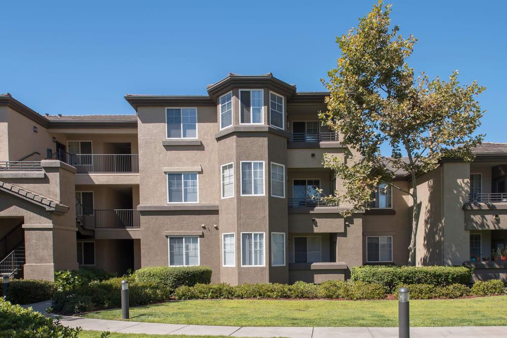 Exterior of  The Artisan Apartment Homes in Sacramento, California