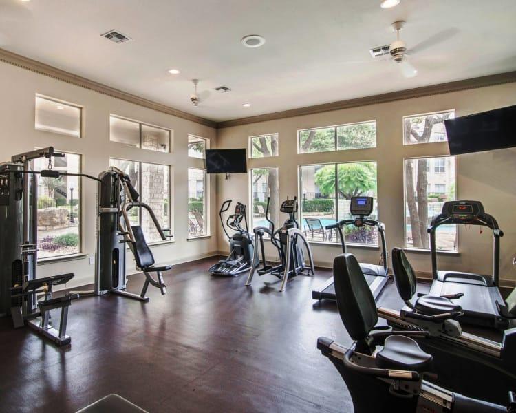 Fitness center at Ridgecrest Apartment Homes