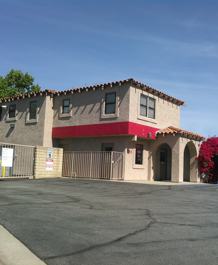 The exterior of the main entrance at StorQuest Self Storage in Camarillo, California