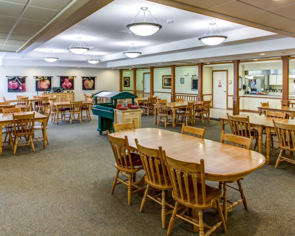 Large resident dining room at Prairie Hills in Independence, Iowa.