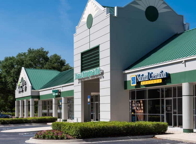 Stores of Fort Family Investments's commercial property, Perimeter Park, in Jacksonville, Florida