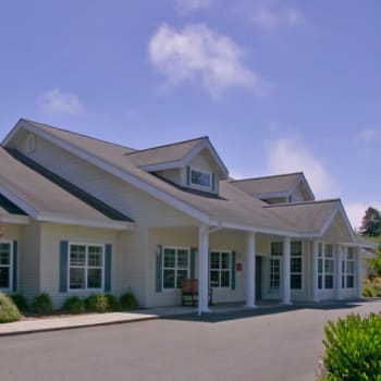 Living Options at Addie Meedom House in Crescent City, California