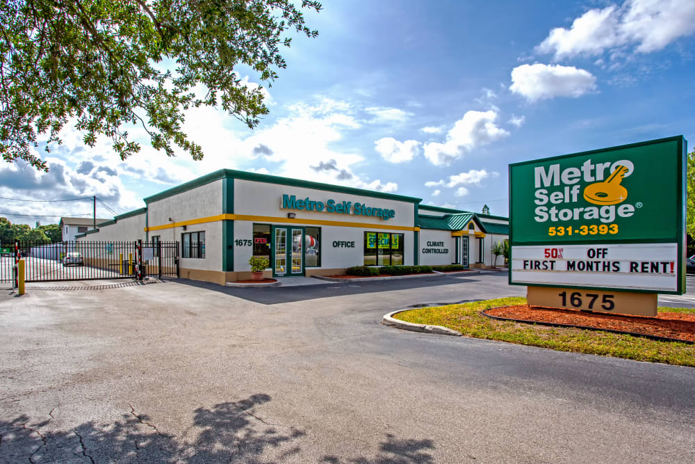 Office exterior view at Metro Self Storage in Largo, Florida