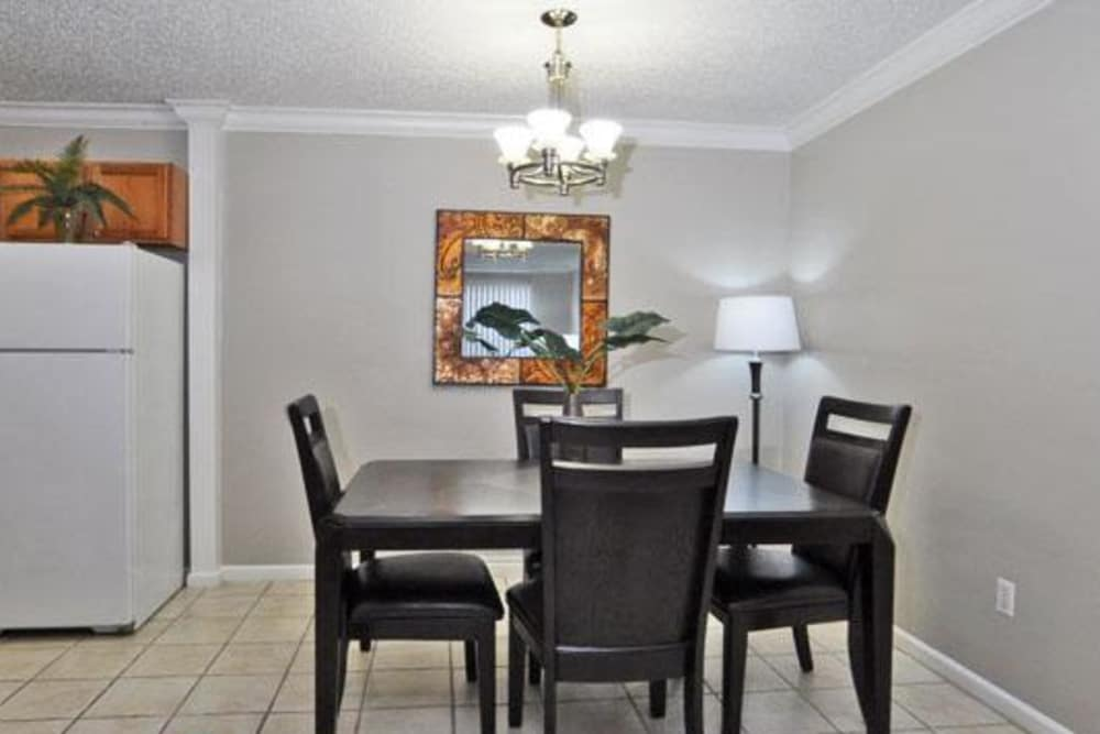 Dining area at French Colony Apartments in Lafayette, Louisiana