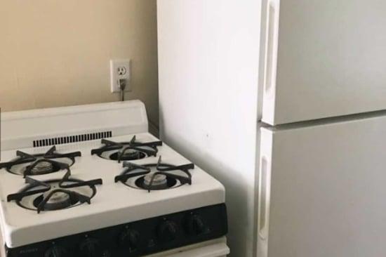 Kitchen stove at University Avenue Apartments in Des Moines, Iowa